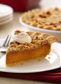 Streusel-topped pumpkin pie is both delicious and easy. Try this pie for your Thanksgiving meal!