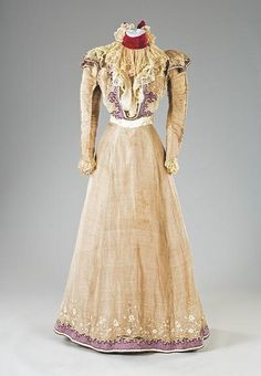Maison Worth summer gown 1897