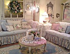 7 Impressive Tricks Can Change Your Life: Shabby Chic Table Dining shabby chic interior reading nooks.Shabby Chic Style Old Windows shabby chic rustic bathroom. Patio Shabby Chic, Shabby Chic Fabric, Shabby Chic Curtains, Shabby Chic Farmhouse, Shabby Chic Living Room, Shabby Chic Interiors, Shabby Chic Bedrooms, Shabby Chic Kitchen, Shabby Chic Homes