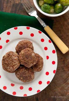 GRYCZANE KOTLECIKI    Kotlety z kaszy gryczanej bez glutenu, jajka i laktozy. Szybka i prosta propozycja na obiad lub kolację.