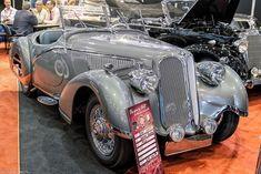 Vintage Cars, Antique Cars, Bmw E9, Photo Archive, Car Photos, Amazing Cars, Car Show, Automobile, Vans