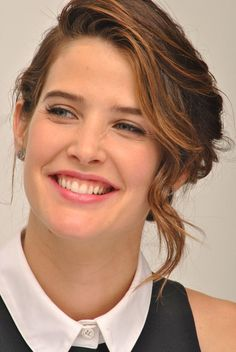 Photo of Cobie Smulders for fans of Cobie Smulders 39324749 Beautiful Smile, Simply Beautiful, Beautiful Celebrities, Beautiful Actresses, Pretty People, Beautiful People, Cobie Smulders, Female Actresses, Woman Crush