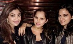 Sania Mirza continues vacation in London, posts pic with Shilpa Shetty