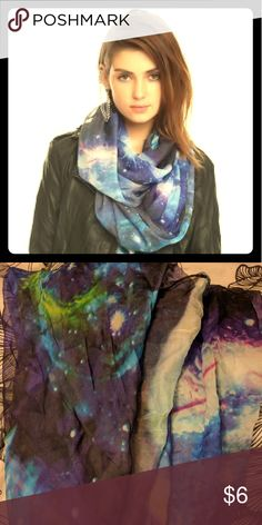 Galaxy Print Scarf Hot Topic Ahh this is a wild little beauty and I have adored it for the last few years, but I simply don't have a lot that I pair it with anymore. Time to hand it down! :) It's in almost like new condition, no tears, no discolorations and no signs of rough wear at all! Bundle this for a cheaper price or...if you purchase something else from me, inquire about me adding this in as a free gift :) I love doing that for my posh shoppers! Hot Topic Accessories Scarves & Wraps