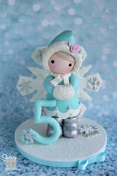 Cute girl a snow suit by Sugar High Inc Fondant People, Cake Models, Christmas Clay, Christmas Cakes, Xmas, Winter Christmas, Cupcake Cakes, Cupcakes, Foundant