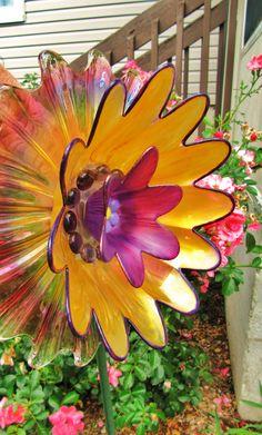 vintage glass plate flower yard art repurposed glass