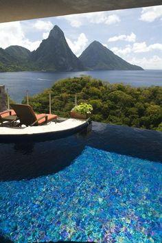 - Lightstreams All Glass Tile Pools | Jade Mountain