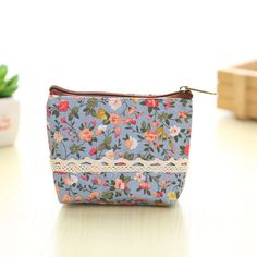 2017 New Cartoon Women's Purse Ladies Day Clutches Coin Purses Vintage Women Storage Bags Purse for Coins Women Wallet Pouch