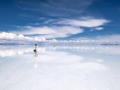 Where Earth meets the Sky, Bolivia pic.twitter.com/RyfZtYCrcG