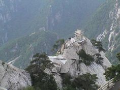 More Mt Huashan... this is what's at the top