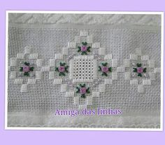 Discover thousands of images about Hardanger Embroidery, Embroidery Patterns, Hand Embroidery, Drawn Thread, Thread Work, Palacio Bargello, Xmas Cross Stitch, Chicken Scratch, Blackwork