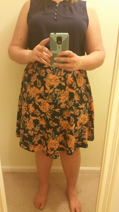 SF Stylist, feedback from #1: Look how bad this skirt was from my last fix. Makes me look 30 lbs heavier than I am. We need to MINIMIZE my lower half, not make it look larger. On a positive note I did keep the top and wore it to work the very next day, nice job with that.