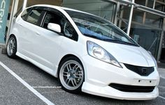 A modified Honda Jazz/Fit Vtec with Turbo in black color. Honda Jazz, Honda Fit, Workout Accessories, Japanese Cars, Modified Cars, Cool Cars, Cool Pictures, Hatchbacks, Bike