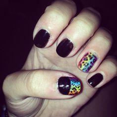 Black and Rainbow ✌️
