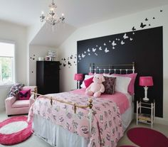 Image via We Heart It https://weheartit.com/entry/135929585 #bedroom #bedrooms #deco #decoration #girl #home #house #idea #ideas #pink #teenager #wall #wallart