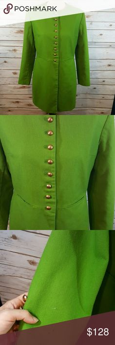 """{vintage} Kelly green coat Vintage kelly green coat with hammered brass colored buttons down the front. Looks amazing button or unbuttoned. Small holes along right arm, small hole on back and left arm. otherwise the lining is fully intact and no other known blemishes. Shoulder pads. Pockets at front hips.  Bust 40"""" Waist 36"""" Length 33"""" Shoulder to cuff 23"""" Vintage Jackets & Coats Pea Coats"""