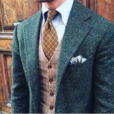 2017 Mens Green Donegal Tweed Suit Custom Made Brown Mens Tweed Suit Tailored Single Breasted Men Suit Notch Lapel(Jacket Pant Vest) Mens Tweed Suit, Grey Suit Men, Tweed Suits, Mens Suits, Grey Suits, Blue Tweed Suit, Brown Suits For Men, Green Suit Jacket, Groomsmen Suits