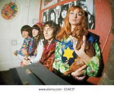 Stock Photo - THE FOOL Dutch design collective at their studio in the Beatles Apple Building in Baker Street in Photo Tony Gale Apple Building, Apple Stock, Swinging London, Boho Life, Baker Street, Dream Life, Hippy, Fashion Advice, The Fool