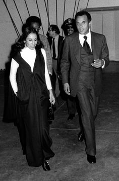 Singer Harry Belafonte attends the premiere party for 'Let's Do It Again' on October 10 1975 in New York City Lets Do It, Let It Be, Harry Belafonte, October 10, Celebrity Couples, New York City, Singer, Actors, Celebrities