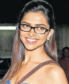 Jav I Deepika Padukone Deepika Padukone Makeup, How To Look Pretty, That Look, Dipika Padukone, Classic White Shirt, Pretty Asian Girl, Beautiful Female Celebrities, Becoming An Actress, Beautiful Bollywood Actress