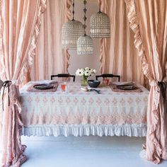 Love the look of the curtains around the dining table. Bella Notte Curtain Panel Whisper Linen with Ruffle @Layla Grayce #laylagrayce #Layla Grayce #suryarugs