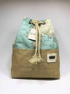 Two-way canvas/burlap bag Map