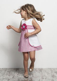 Tartaleta: Primavera Verano 2014 Toddler Girl Dresses, Little Girl Dresses, Girls Dresses, Baby Born Clothes, Kids Outfits, Cute Outfits, Pinafore Dress, Kind Mode, Baby Dress