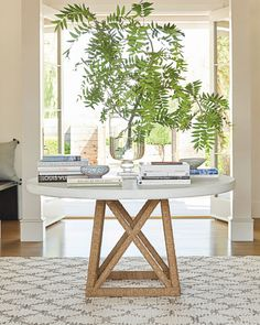 Hot TREND: Round Tables Vejle, Round Entry Table, Entry Tables, White Round Dining Table, Interior Minimalista, Dining Table In Kitchen, Round Kitchen Tables, Pedestal Dining Table, Dining Nook