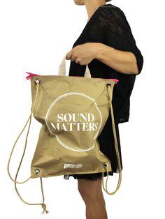 Zainetto in carta avana riutilizzabile. Dai un'occhiata a tutte le nostre soluzioni di packaging non convenzionale pronte per essere personalizzate!