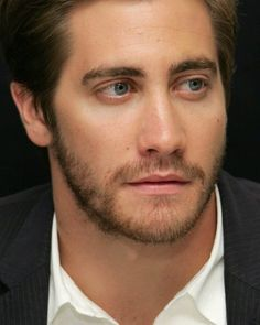 Follpw this grwat accounr ×××× ALSO I have been extremely busy- and for that I apologize. I will be even busier for the next 4 weeks but I promise to not forget y'all. Brokeback Mountain, Donnie Darko, Jake Gyllenhaal, Anna Kendrick, Crushes, Actors, Celebrities, Forget, Marvel