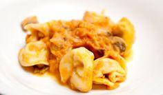 tortelli di zucca - pumpkin tortelli  http://www.venetoesapori.it/it/protagonista/trattoria-ca'-landello  #food #italy #venice #typical