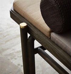AKAR DE NISSIM's daybed SANTOS revealing an original colour scheme inspired from the eyeshadow palettes - Brass detail on feet