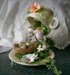 http://mystique3d.blogspot.gr/2014/03/zwevend-kopje-floating-coffeecup.html?spref=pi