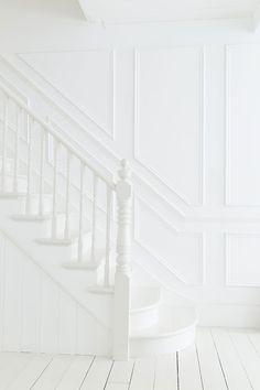 Alternatives to White Shiplap White Staircase, Staircase Design, Stair Design, White Banister, Staircase Molding, Carpet Staircase, Staircase Ideas, Banisters, Stair Railing