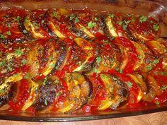 in acest interval daca legumele nu Ratatouille, Baked Vegetables, Broccoli Soup, Cheddar, Baking Recipes, Vegan, Cooking, Ethnic Recipes, Food
