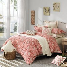 Hampton Hill Orange King Comforter Set Add sweetness and a pop of color with the Portico bed. The bed features a floral design on a coral woven jacquard on top of bed and standard shams. Pink Comforter Sets, Beach Bedding Sets, King Comforter, Queen Duvet, Duvet Sets, Orange Comforter, Floral Comforter, Coral Bedroom, Bedroom Decor