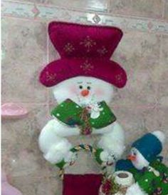 Christmas Snowman, Christmas Crafts, Winter Wonderland Centerpieces, Outdoor Christmas Decorations, Holiday Decor, Christmas Sewing Projects, Xmas Stockings, Snowman Crafts, Sewing Box