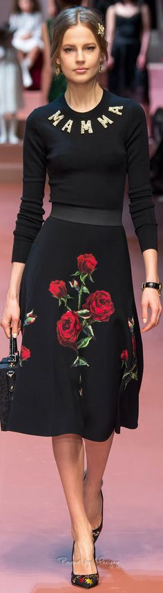 Dolce & Gabbana.Fall 2015. Its the hair with the look!!!