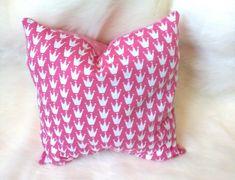 Etsy, Throw Pillows, Accessories, Cute Pillows, Great Gifts, Cuddling, Dekoration, Cushions, Decorative Pillows