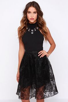 2261474495a Here for the Jacquard-ty Black Jacquard Midi Skirt at Lulus.com! All