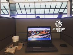Shot out to @americanair for having a great work station for us entrepreneurs on the move. #mysidejob