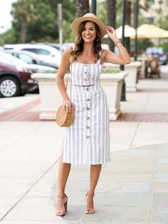 Goodnight Macaroon 'Melissa' Striped Buttoned Co-ords by MUMU and Macaroons Limited edition MUMU and Macaroons collection. Mode Outfits, Trendy Outfits, Summer Outfits, Best Summer Dresses, Linen Dresses, Casual Dresses, Fashion Dresses, Midi Dresses, Two Piece Dress