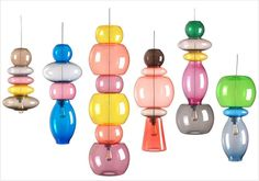 Suspensions transparentes colorées Verre Design, Lamp Design, Colorful Interior Design, Colorful Interiors, Shed Design, House Design, Pendant Lamp, Pendant Lighting, Ceiling Lamp
