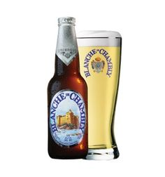 La Blanche de Chambly | Witbier (Belgian White Beer) | Quebec, Canada Belgian White Beer, Malt Beer, Brew Pub, Hot Sauce Bottles, Pint Glass, Brewery, Belgium, Alcohol, Canada