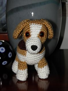Beagle free Ravelry: Lily Baby Beagle Amigurumi Stuffed Puppy Dog pattern by Mary Walker - Ain't nothing but a hound dog…but she's a real sweetheart! Crochet Amigurumi Free Patterns, Crochet Dolls, Ravelry Crochet, Cute Crochet, Crochet Baby, Perros Jack Russell, Baby Beagle, Free Puppies, Poodle Puppies