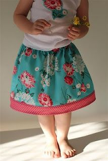 Diary of a Flutter.Kat: Easy Peasy Overlock/Serge -Free Child's Skirt Tutorial