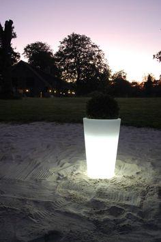 Ideal Pflanzk bel beleuchtet aus Kunststoff f r Gartenpartys und feiern Eine tolle LED Dekoration f r drau en