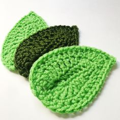 Ravelry: The Perfect Leaf - free crochet pattern by Alyssa and LizYou can find Crochet leaves and more on our website.Ravelry: The Perfect Leaf - free crochet . Crochet Leaf Free Pattern, Crochet Flower Tutorial, Crochet Leaves, Crochet Flower Patterns, Crochet Motif, Crochet Flowers, Free Crochet, Crochet Edgings, Loom Patterns