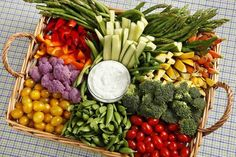 20 Yummy Veggie Trays for Any Occasion .You can find Veggie tray and more on our Yummy Veggie Trays for Any Occasion . Snacks Für Party, Appetizers For Party, Appetizer Recipes, Party Drinks, Bridal Shower Appetizers, Easy Make Ahead Appetizers, Simple Appetizers, Fruit Party, Christmas Appetizers