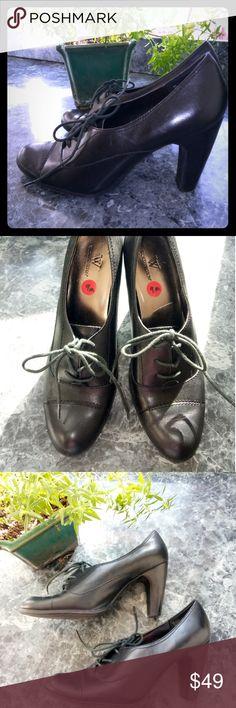 "Worthington Black Leather Heeled Oxfords EUC with very little sign of wear. 3"" block heel. Worthington Shoes Heels"